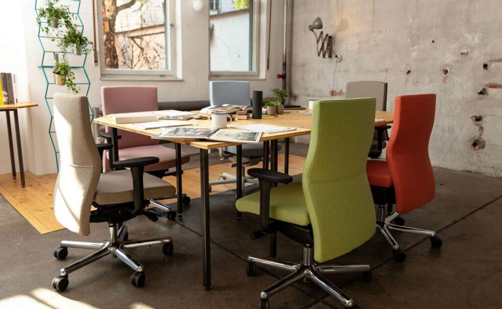 Bürostühle von Löffler